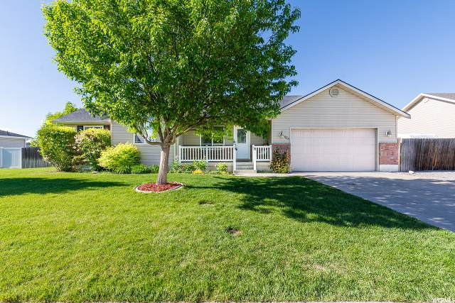 863 W 2880 S, Nibley, UT 84321 (#1676474) :: Colemere Realty Associates