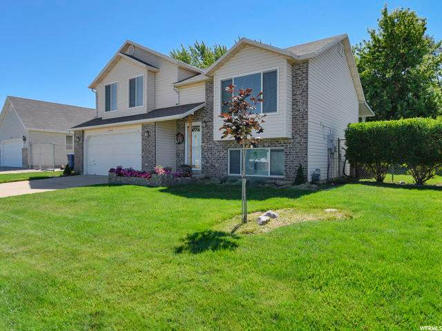 4194 S West Lake Dr W, Roy, UT 84067 (#1685156) :: Doxey Real Estate Group