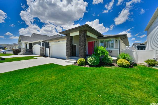 15072 S Honor Dr W, Bluffdale, UT 84065 (#1685653) :: Doxey Real Estate Group