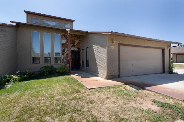 23 Park Cir, Vernal, UT 84078 (#1685942) :: Big Key Real Estate