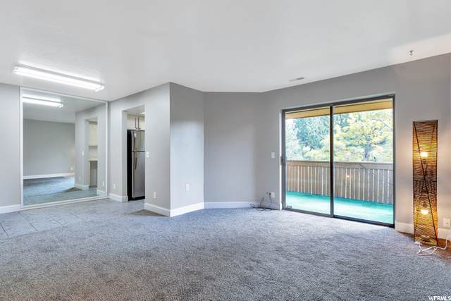 9196 S Jefferson Pl, Sandy, UT 84070 (#1688893) :: Big Key Real Estate