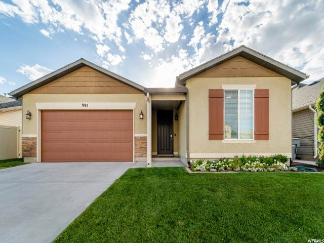 981 N Cambria Dr W, North Salt Lake, UT 84054 (MLS #1694016) :: Lookout Real Estate Group