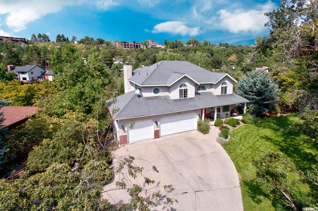 2313 E Willow Brook Way, Sandy, UT 84092 (#1697303) :: Colemere Realty Associates