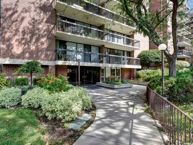 123 E 2ND Ave #806, Salt Lake City, UT 84103 (#1700544) :: goBE Realty