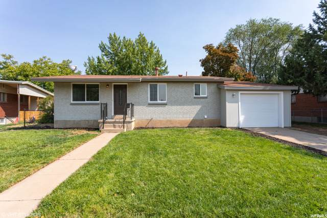488 N Fern Dr E, Clearfield, UT 84015 (#1701884) :: Colemere Realty Associates