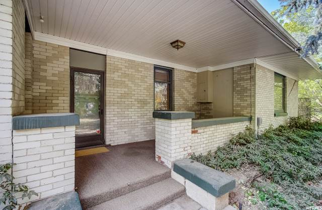 1295 W 300 N, Clearfield, UT 84015 (#1702351) :: Doxey Real Estate Group