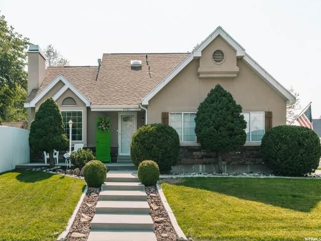 5561 S Crosspark Dr, Salt Lake City, UT 84123 (#1705425) :: Gurr Real Estate
