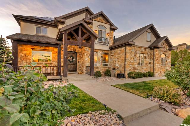 1535 E Trail Crest Ct., Draper, UT 84020 (#1707913) :: Berkshire Hathaway HomeServices Elite Real Estate