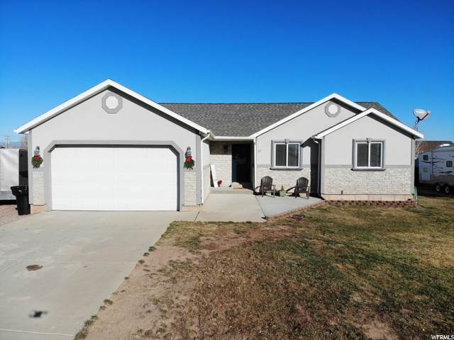 77 E 1875 S, Roosevelt, UT 84066 (#1711924) :: Exit Realty Success