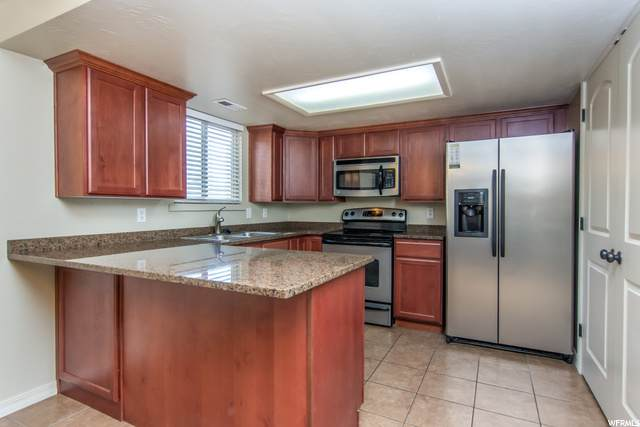 887 E Cedar Ct S #21, Salt Lake City, UT 84106 (#1712083) :: Berkshire Hathaway HomeServices Elite Real Estate