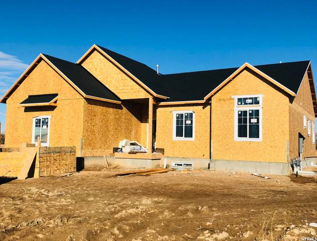 4698 W 50 S #108, West Point, UT 84015 (#1718577) :: Doxey Real Estate Group