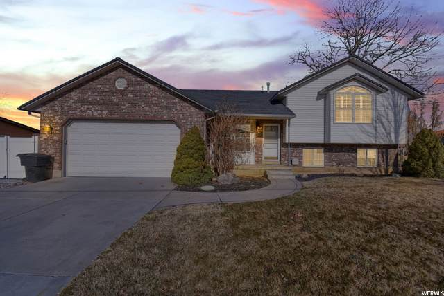 2934 W 800 N, Clinton, UT 84015 (#1718945) :: Doxey Real Estate Group