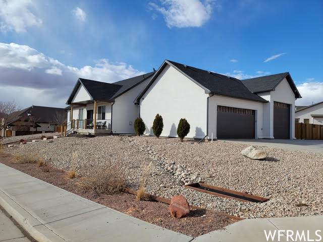 3321 Westwater Drive Dr, Moab, UT 84532 (#1725119) :: The Fields Team