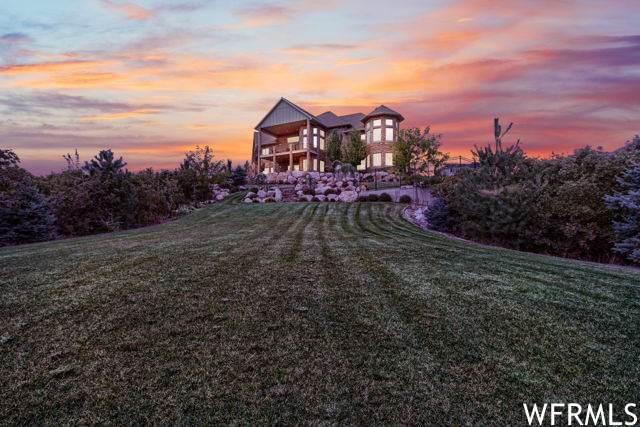 2152 E Canyon Dr, Layton, UT 84040 (#1728131) :: Utah Best Real Estate Team | Century 21 Everest