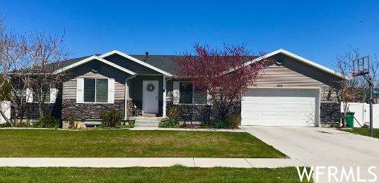 575 W 260 N, Smithfield, UT 84335 (#1741102) :: Pearson & Associates Real Estate