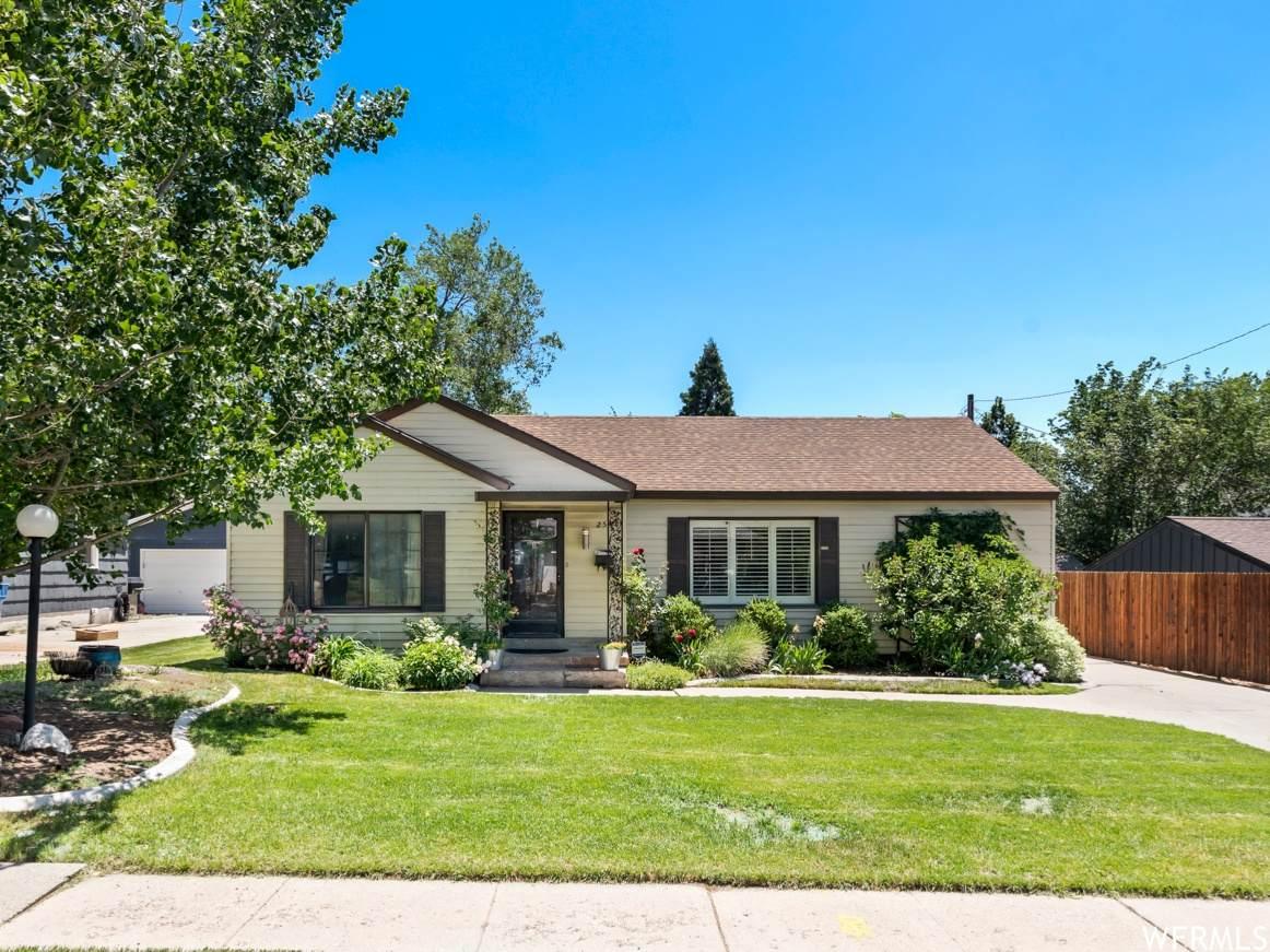 2548 Barbey Dr - Photo 1