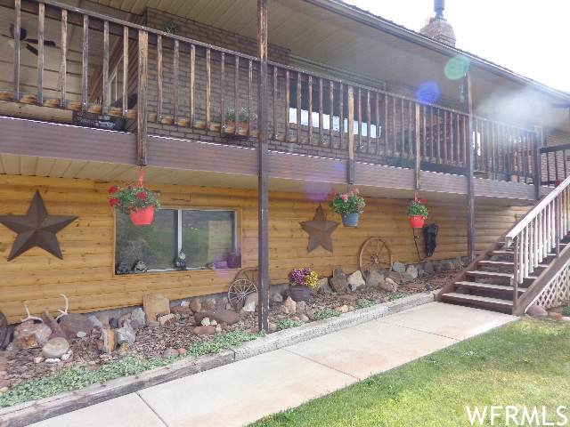 6407 N Dry Fork Canyon Rd W, Vernal, UT 84078 (MLS #1756357) :: Summit Sotheby's International Realty