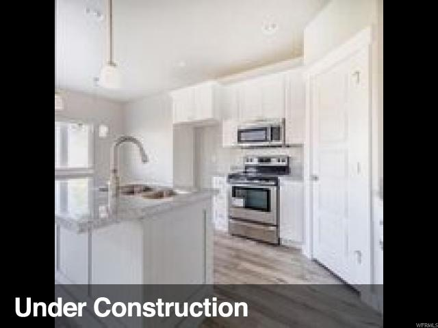 690 S 1803 W #206, Orem, UT 84058 (#1497344) :: The Utah Homes Team with iPro Realty Network