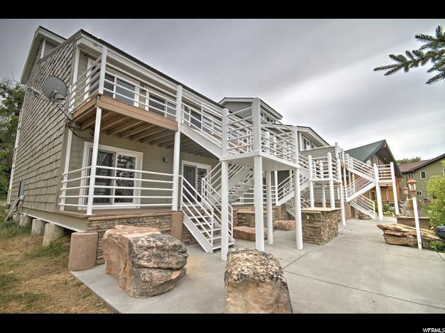 35 E Spinnaker Point Dr #3, Garden City, UT 84028 (#1498426) :: goBE Realty