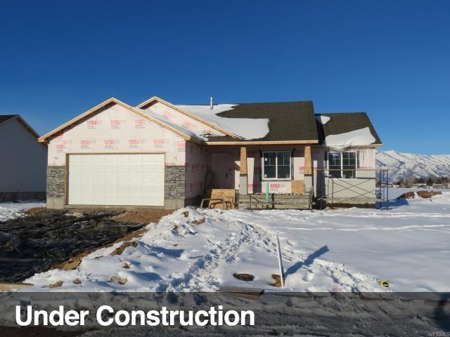 564 S 770 E, Hyrum, UT 84319 (#1499798) :: The Fields Team