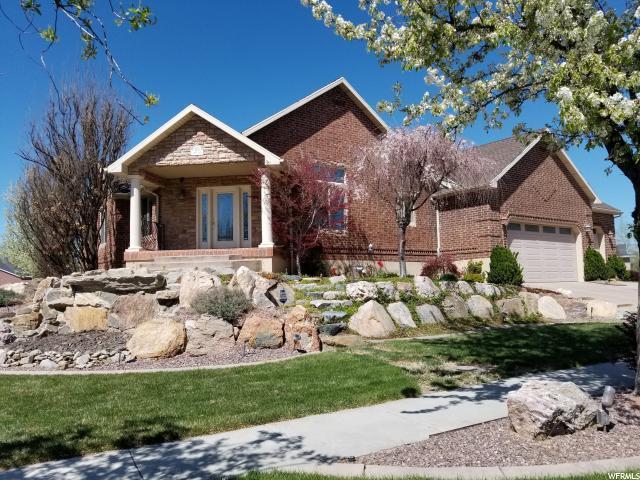 1074 S Arbor Way W, Layton, UT 84041 (#1506563) :: Bustos Real Estate   Keller Williams Utah Realtors
