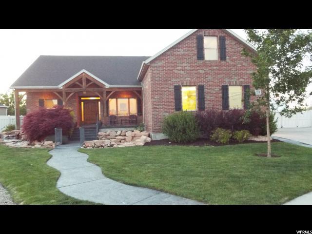 11574 S Windstone Cir W, South Jordan, UT 84095 (#1530439) :: Bustos Real Estate | Keller Williams Utah Realtors