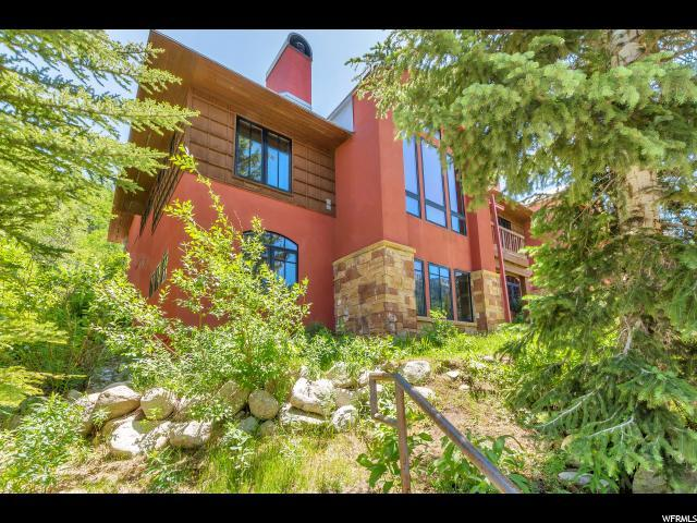 12140 E Big Cottonwood Rd #101, Solitude, UT 84121 (#1535815) :: Big Key Real Estate