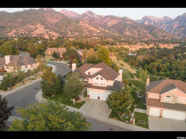 2860 E Elk Horn Ln S, Cottonwood Heights, UT 84093 (#1547672) :: Bustos Real Estate | Keller Williams Utah Realtors