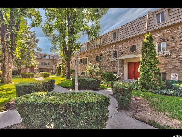 2220 E Murray Holladay Rd S #170, Holladay, UT 84117 (#1552591) :: goBE Realty