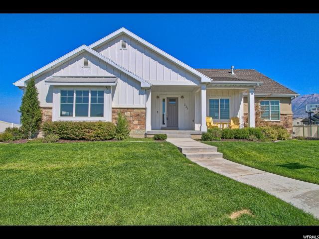 227 E Lake View Dr, Vineyard, UT 84058 (#1565134) :: The Utah Homes Team with iPro Realty Network