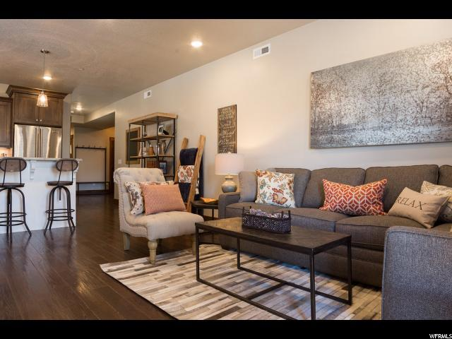 1288 N Deer Park Cir #203, Heber City, UT 84032 (#1573363) :: Colemere Realty Associates