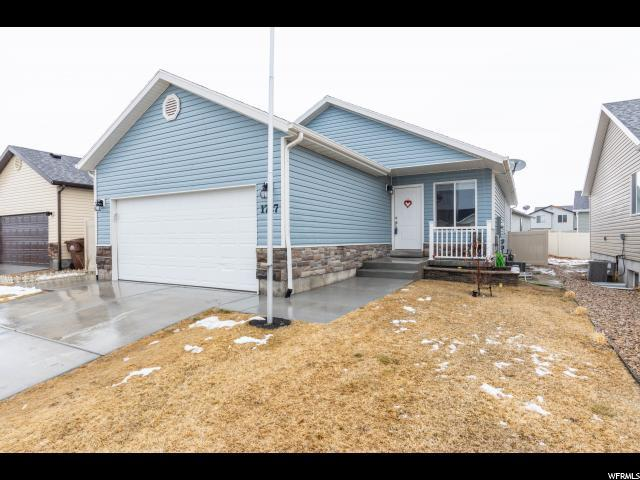 1727 E Slow Water Way, Eagle Mountain, UT 84005 (#1580522) :: RE/MAX Equity