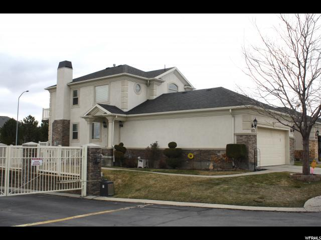 1173 W Old Hollow Way, West Jordan, UT 84084 (#1585104) :: The Canovo Group