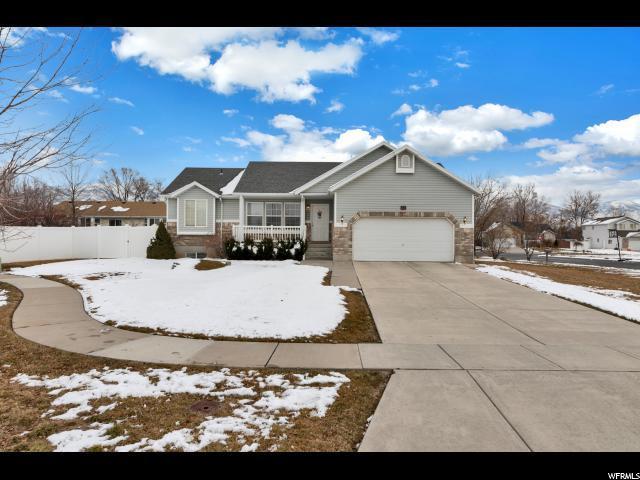68 N 935 W, Layton, UT 84041 (#1586317) :: Bustos Real Estate | Keller Williams Utah Realtors