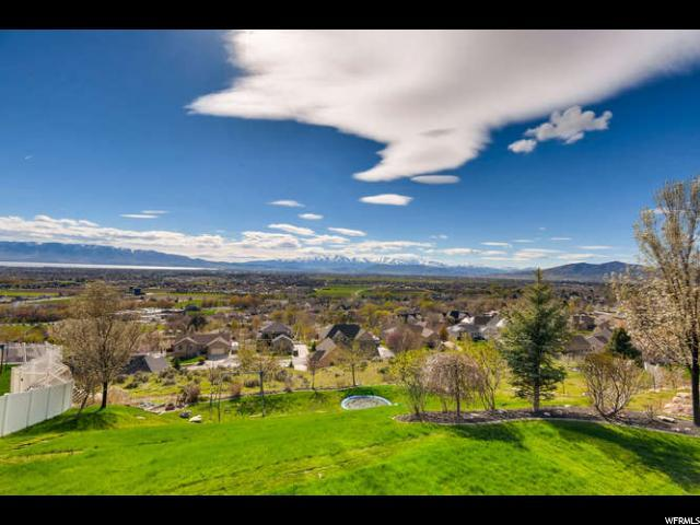 9489 N Canyon Heights Dr, Cedar Hills, UT 84062 (MLS #1595206) :: Lawson Real Estate Team - Engel & Völkers