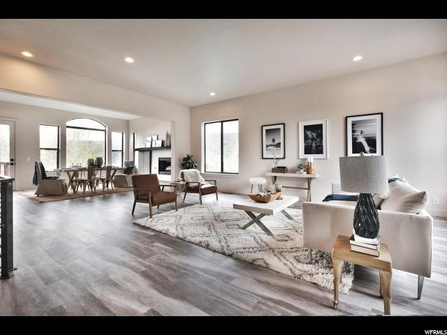 4215 Southridge Ct, Park City, UT 84098 (MLS #1595276) :: High Country Properties