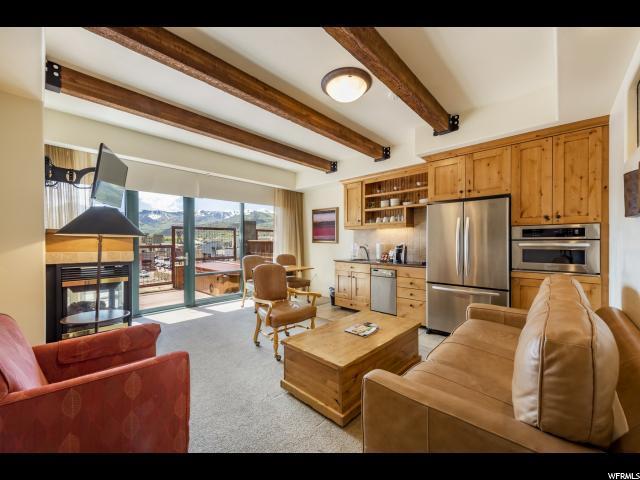 1456 W Newpark Blvd #417, Park City, UT 84098 (MLS #1598284) :: High Country Properties