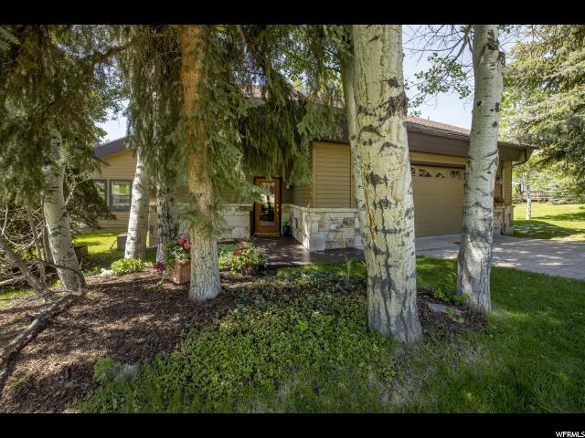 3220 Upland Cir, Park City, UT 84060 (#1610001) :: The Muve Group