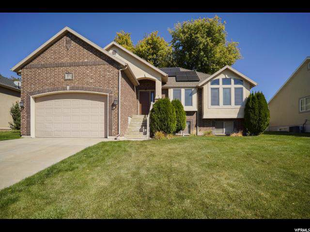 1577 E 925 S, Clearfield, UT 84015 (#1637141) :: Red Sign Team