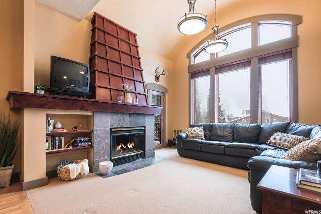 12140 E Big Cottonwood Rd #301, Solitude, UT 84121 (#1644526) :: Utah Best Real Estate Team | Century 21 Everest