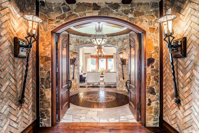2300 E Deer Valley Dr #1102, Park City, UT 84060 (#1694039) :: The Perry Group
