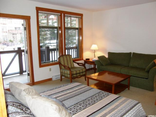 12080 E Big Cottonwood Rd #104, Solitude, UT 84121 (#1429386) :: Bustos Real Estate | Keller Williams Utah Realtors