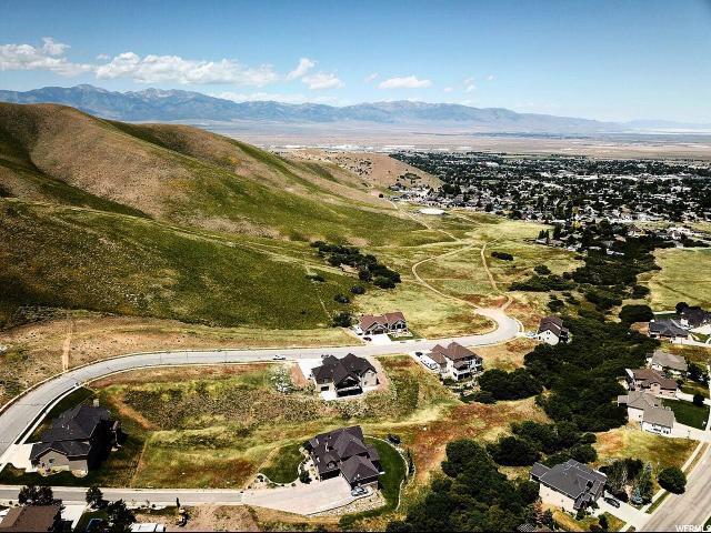 698 E Oakridge Dr, Tooele, UT 84074 (#1514431) :: Big Key Real Estate