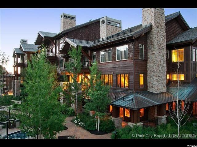 7715 Village Way #202, Deer Valley, UT 84060 (#1542055) :: goBE Realty