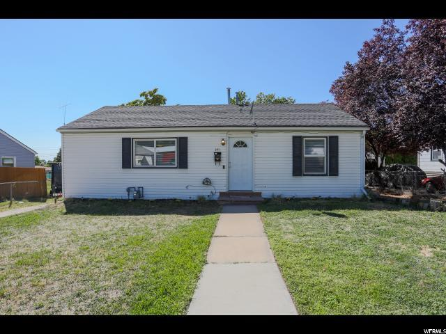 140 S 400 E, Clearfield, UT 84015 (#1551263) :: The Fields Team