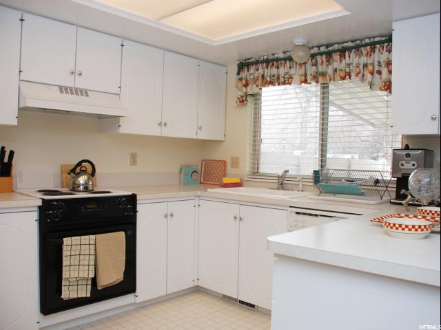 907 E 1120 S #40, Ogden, UT 84404 (MLS #1586171) :: Lawson Real Estate Team - Engel & Völkers