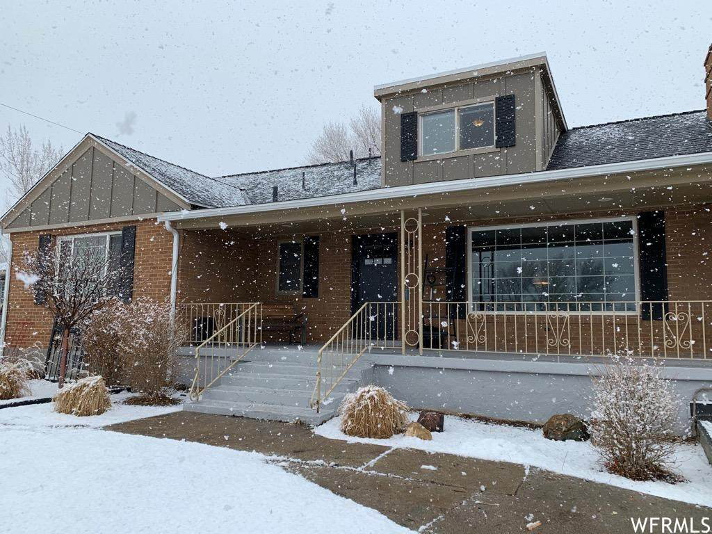 258 Orchard Dr - Photo 1