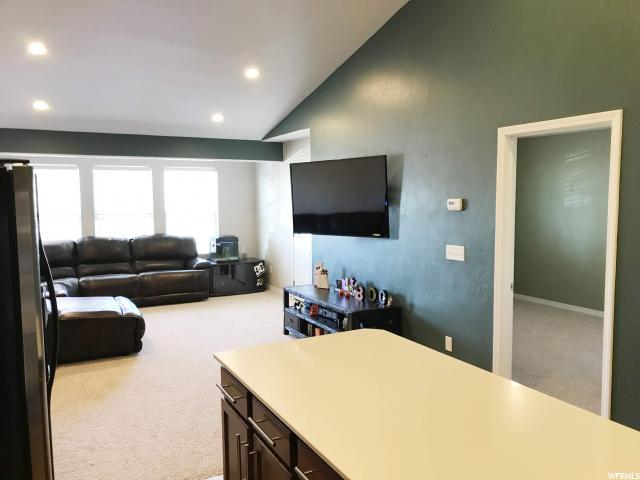 1133 N River View Dr, Saratoga Springs, UT 84045 (#1563931) :: Red Sign Team