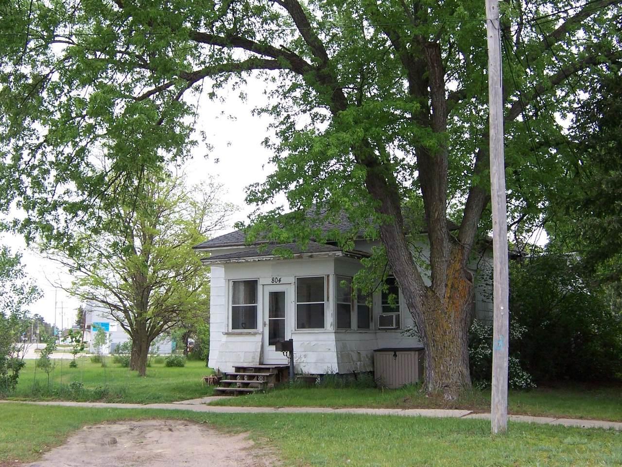 804 Spruce Street - Photo 1
