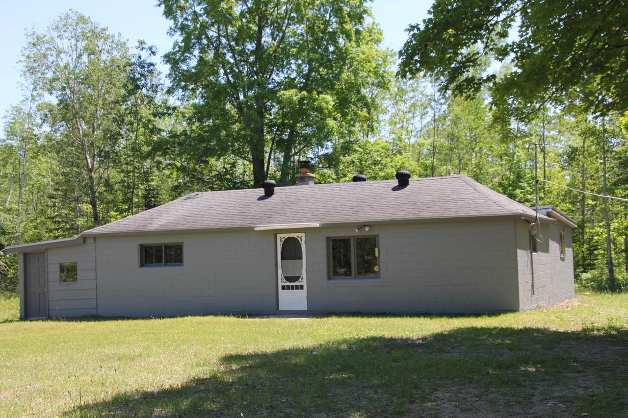 11685 Clinton Creek Road - Photo 1